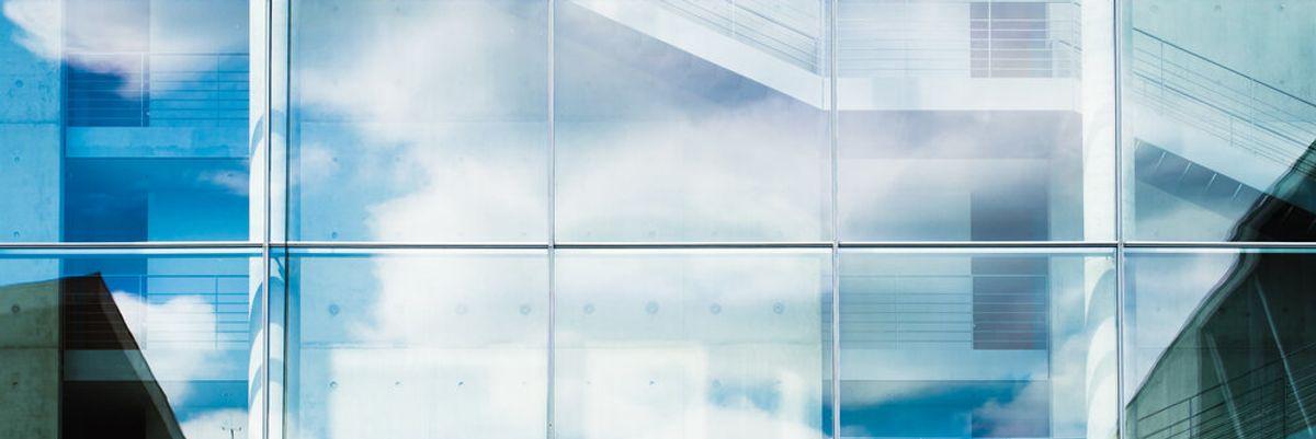 L.A. Tech Updates: 'Smart' Glass Gets a Boost