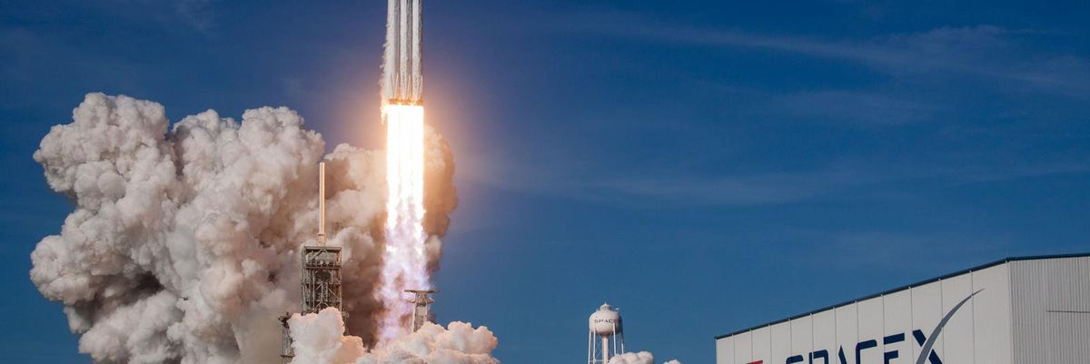 SpaceX Wins Bid to Put Astronauts on the Moon