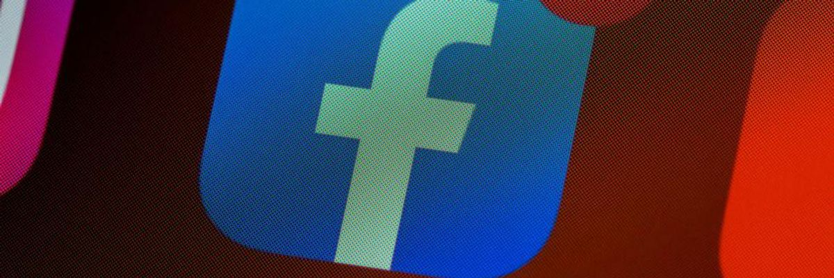 Column: Welcome to the Unbundling of Social Media