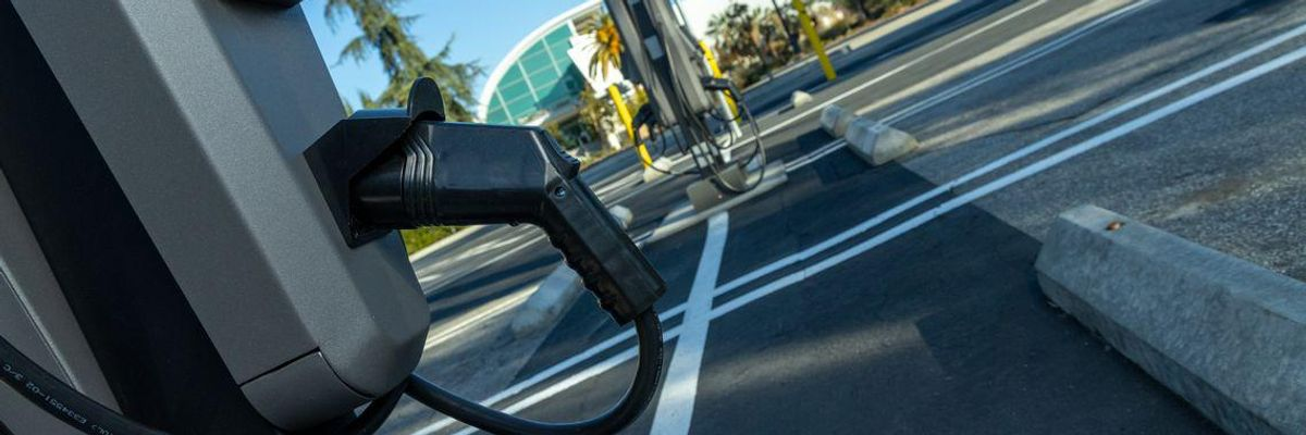 How SoCal Edison Plans to Build 38,000 EV Chargers Across Southern California
